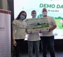 UDG students won the VIRAL hackathon on digital agriculture!